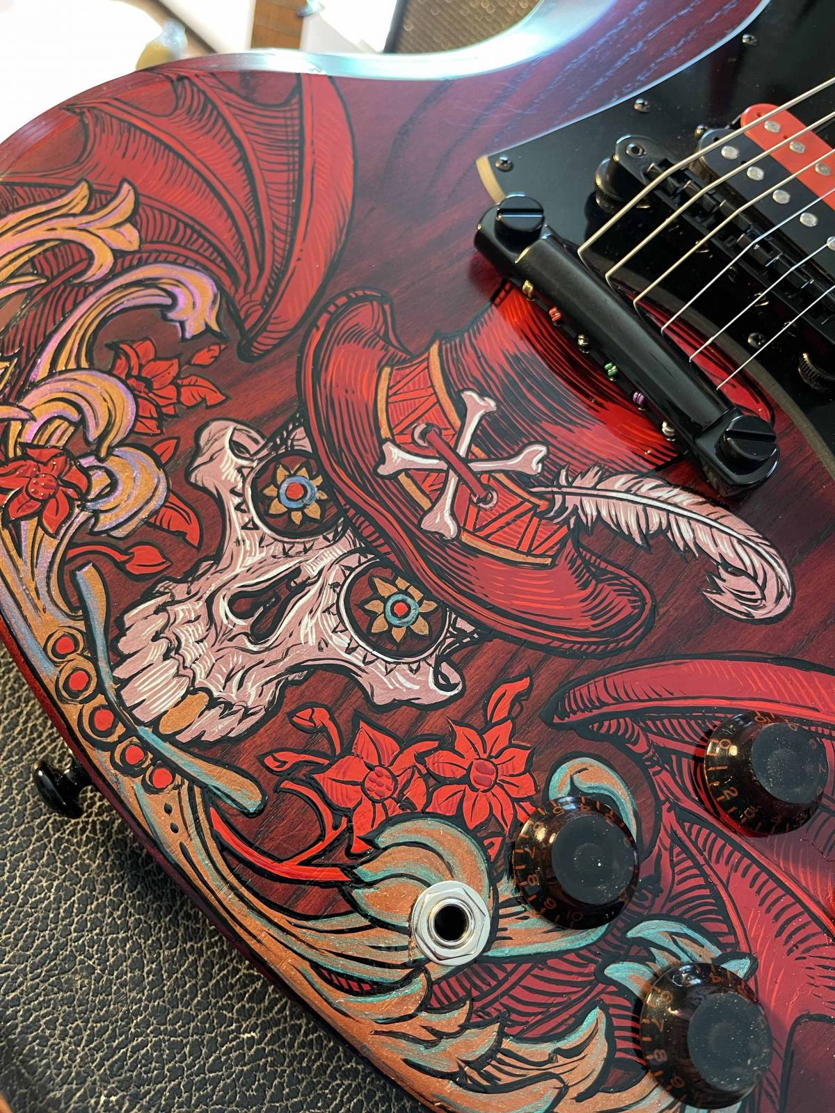 Review : Alpha6 Alphanamel (And a custom painted Gibson Voodoo)